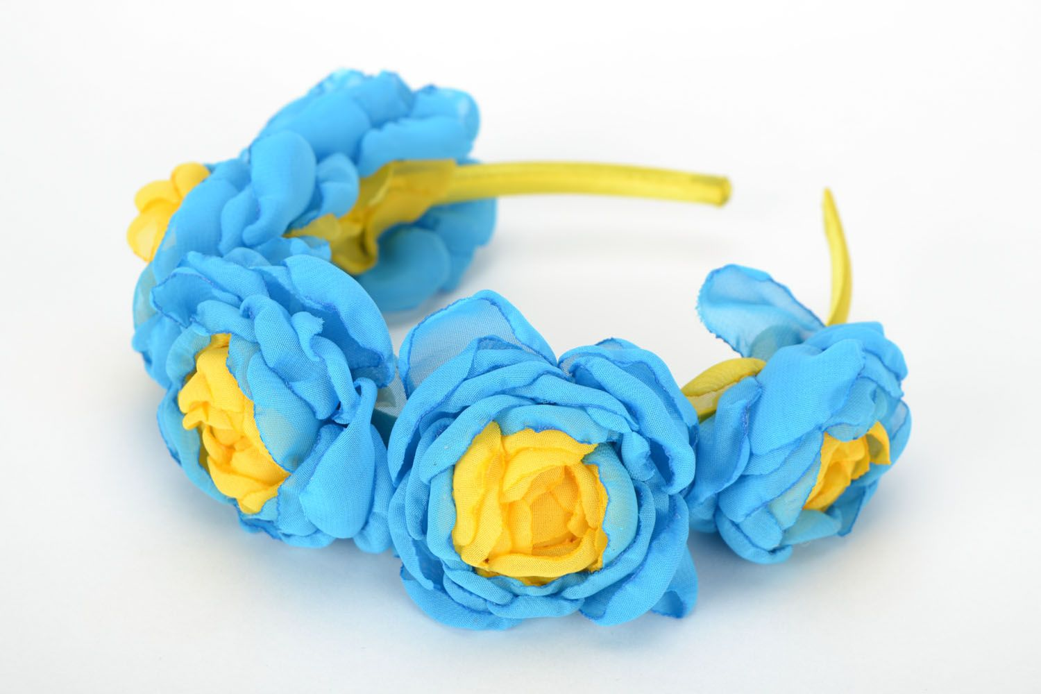 Floral headband Roses of Ukraine photo 1