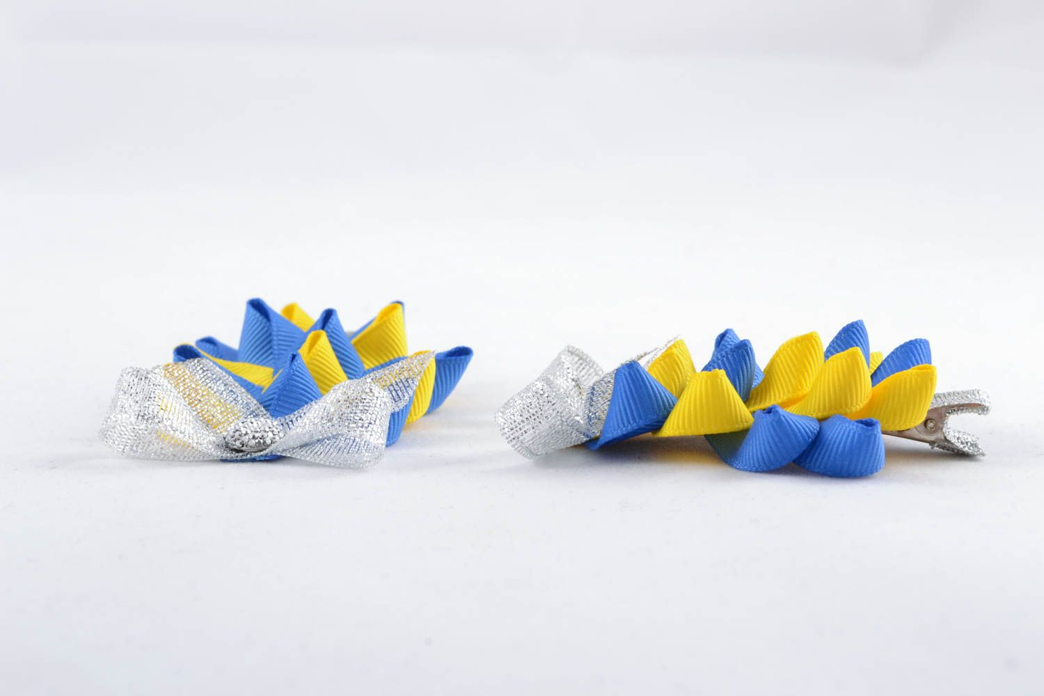 Hair clips made of silk corded ribbons photo 2