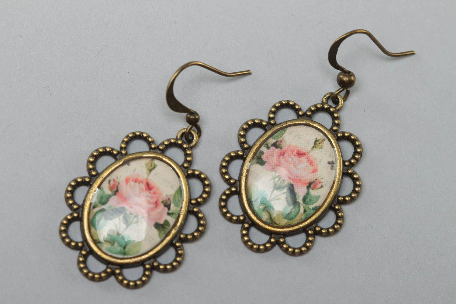 Women's beautiful handmade glass glaze oval earrings with roses photo 2