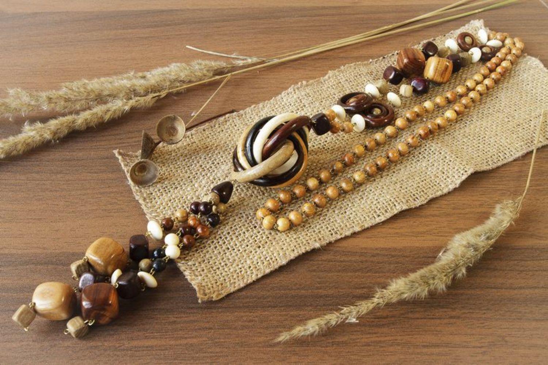 Lange hölzerne Perlenkette foto 2