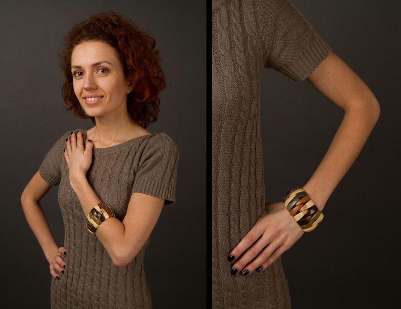 Деревянный браслет на руку фото 2