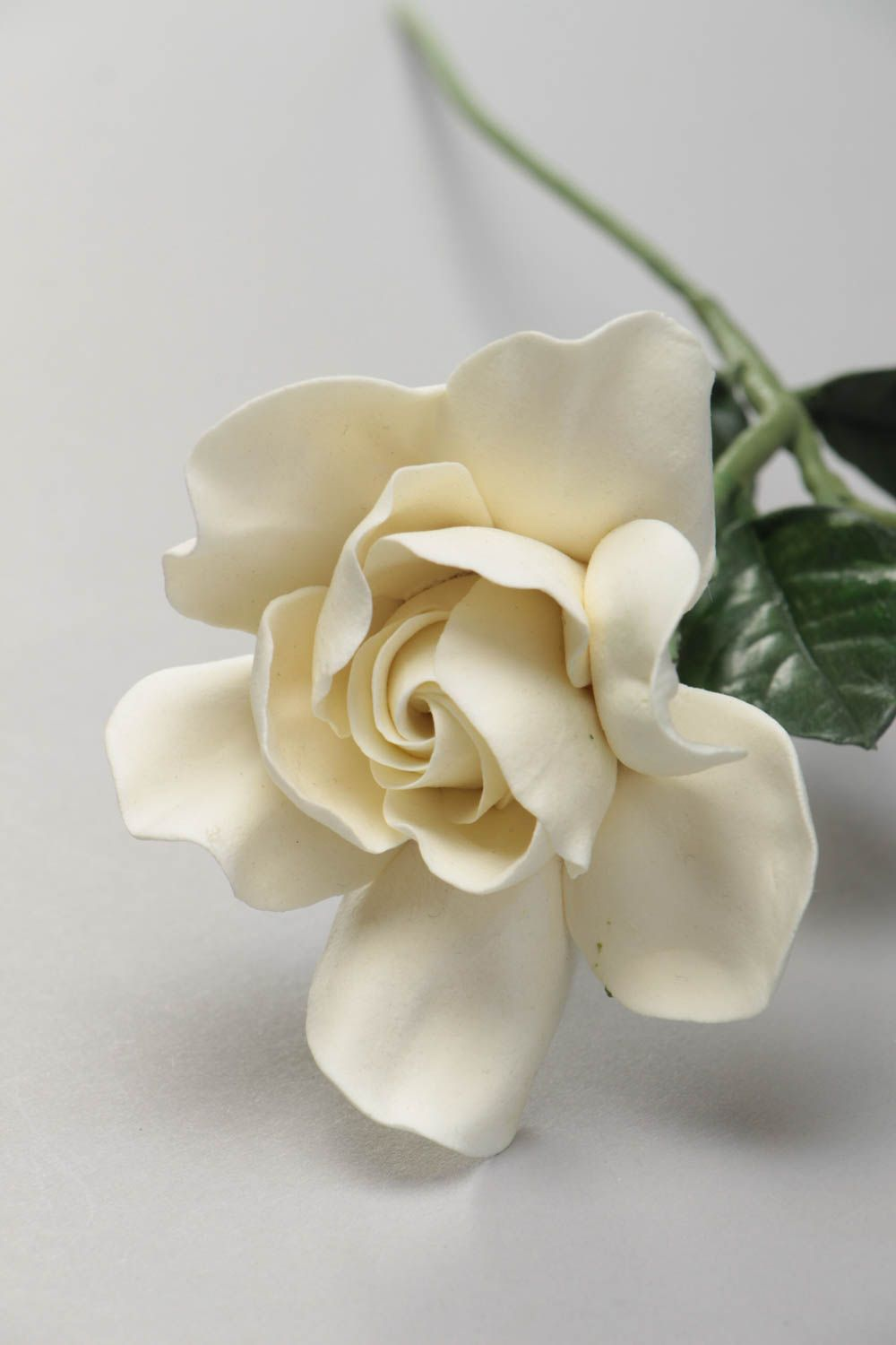 wall decoration Artificial flower made of Japanese polymer clay handmade white gardenia for home - MADEheart.com