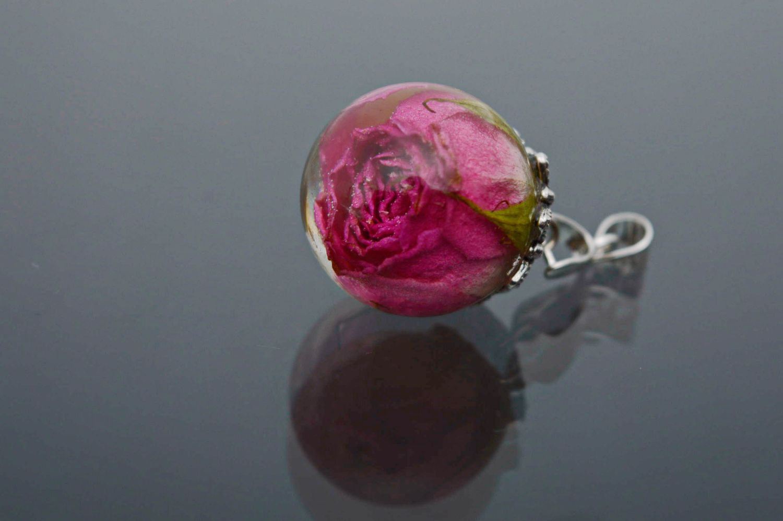 madeheart pendentif fait main avec rose naturelle. Black Bedroom Furniture Sets. Home Design Ideas