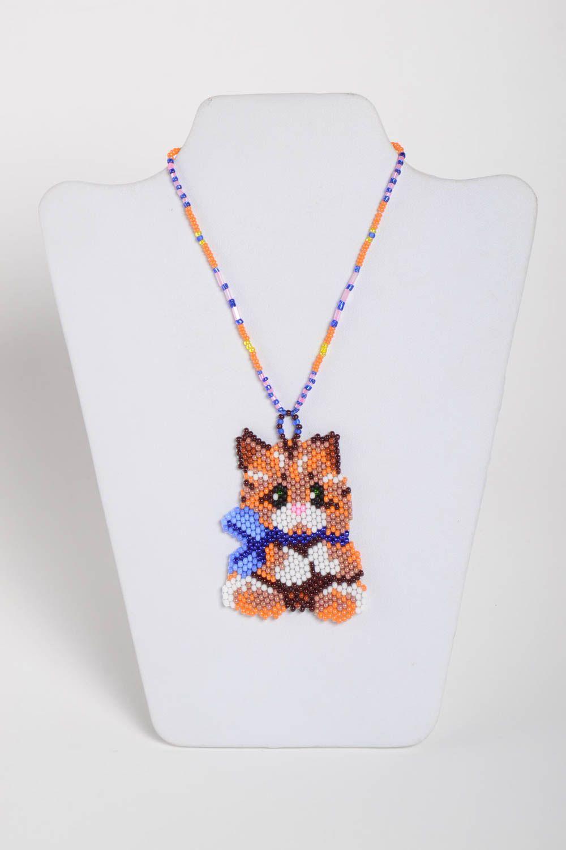 collares y colgantes Colgante artesanal de abalorios para niña regalo original bisutería fina , MADEheart.