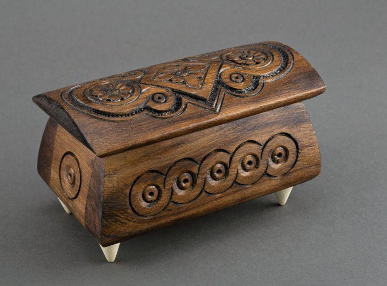 Caja tallada en madera para joyas foto 4