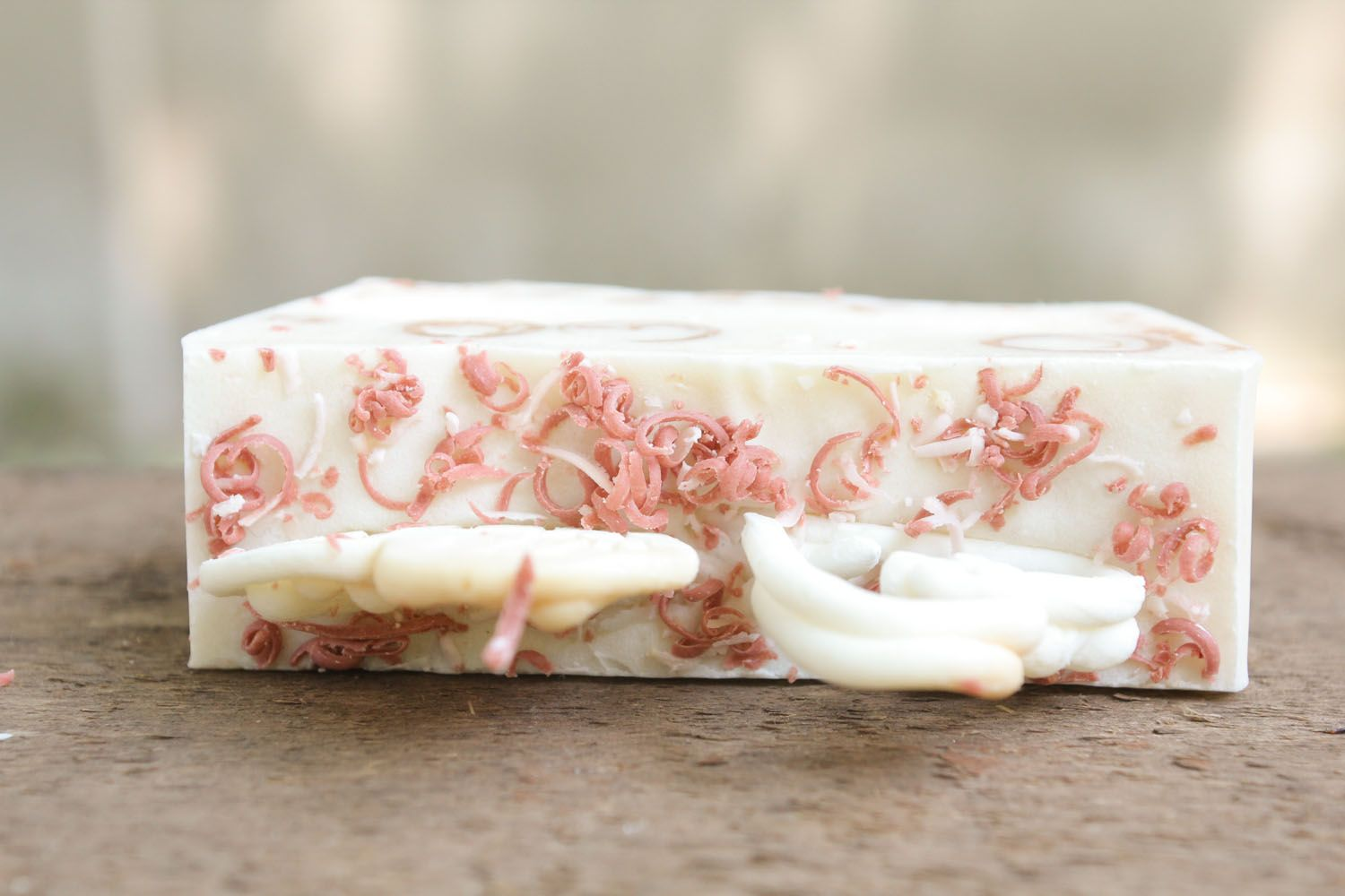 Handmade soap with essential oil of tea tree photo 3