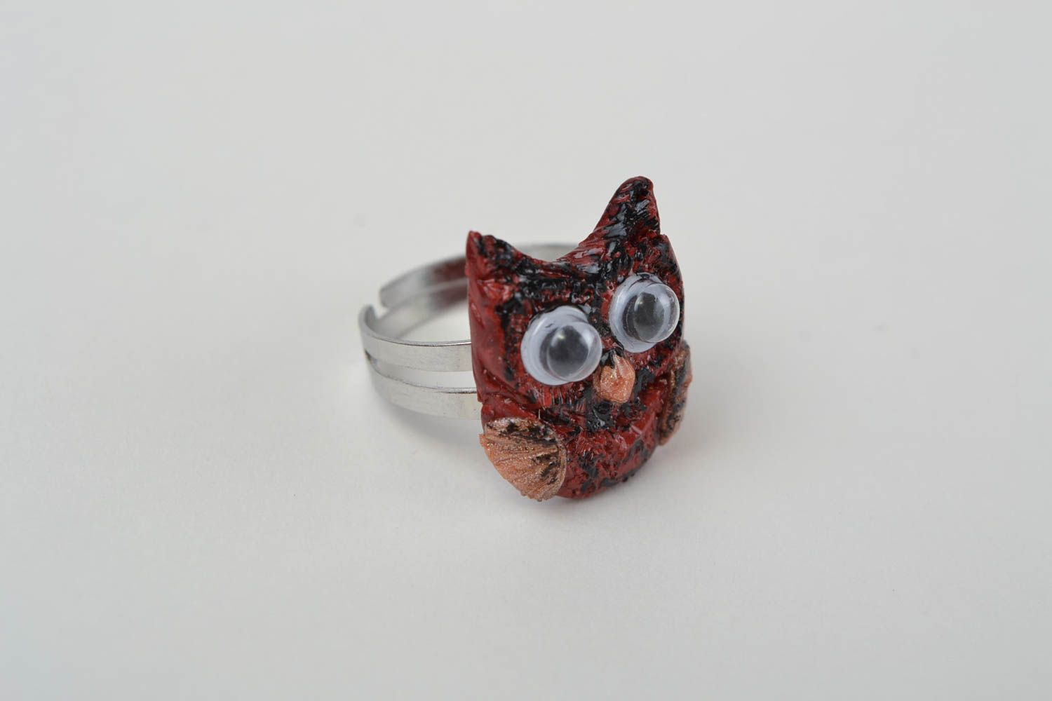 Handmade jewelry ring with metal basis and polymer clay painted owl photo 4