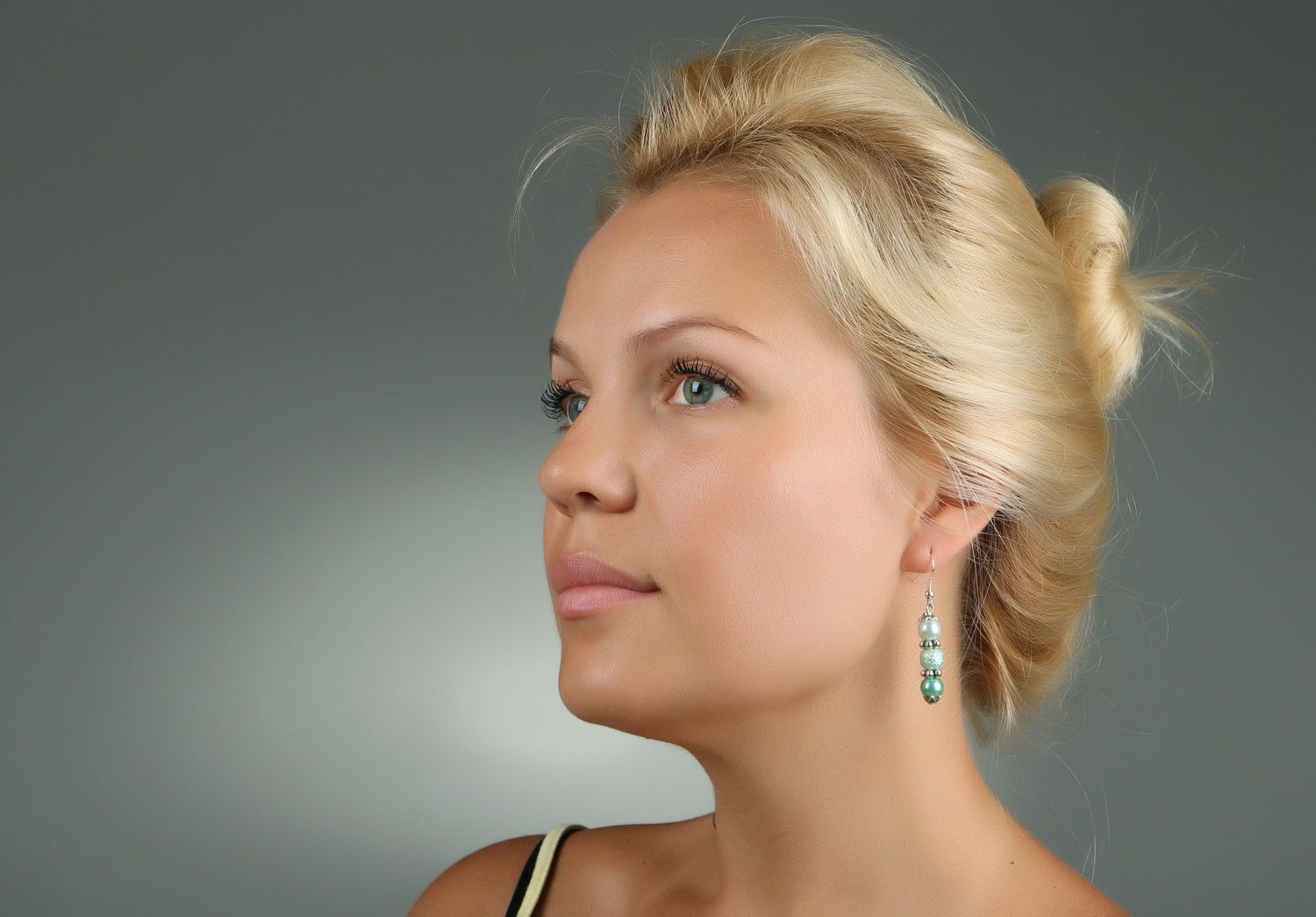Earrings with pearls photo 5