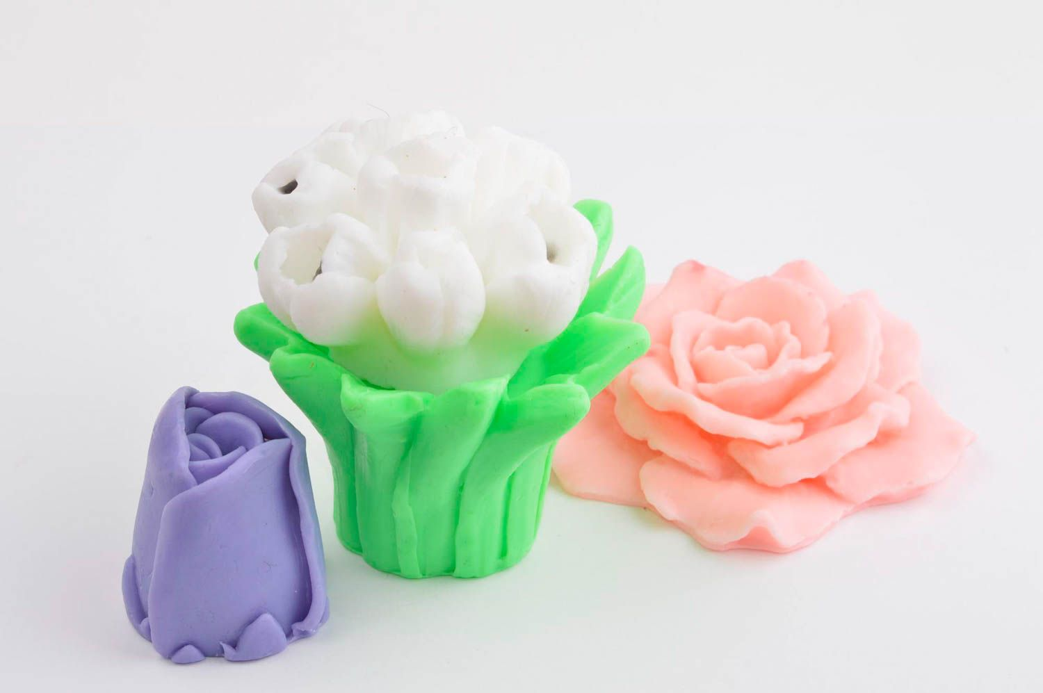 Handmade soap set natural cosmetics 4 flowers pieces natural soap gift idea photo 2