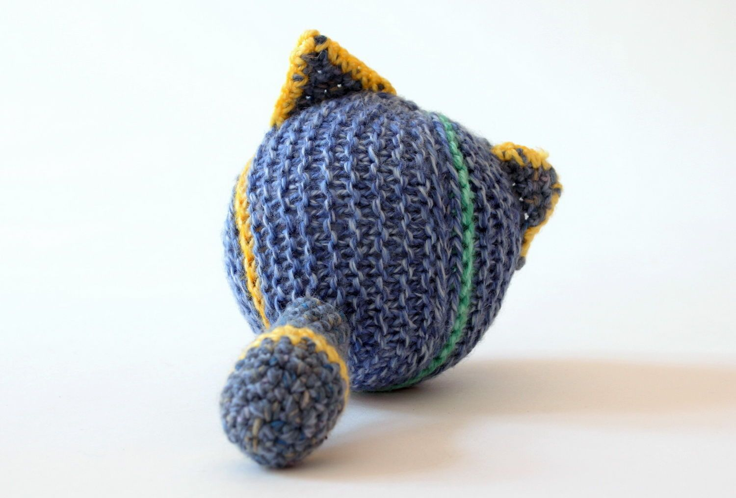 Hand knitted toy Cat ball  photo 2