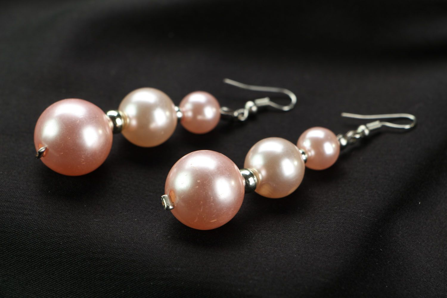 Earrings with pink beads photo 2