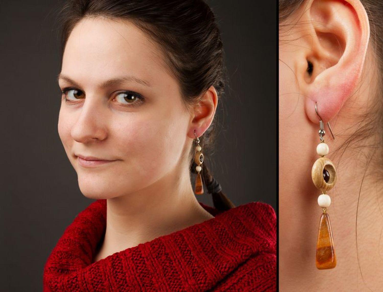 Wooden long earrings photo 2