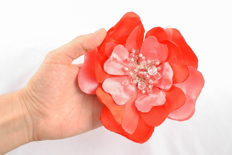 Helle Brosche-Haarnadel handgemacht aus Textil  foto 2