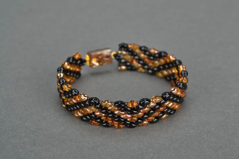 Beaded bracelets with a geometrical pattern photo 3