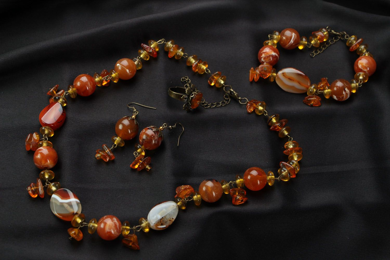 Jewelry set with amber and cornelian photo 1