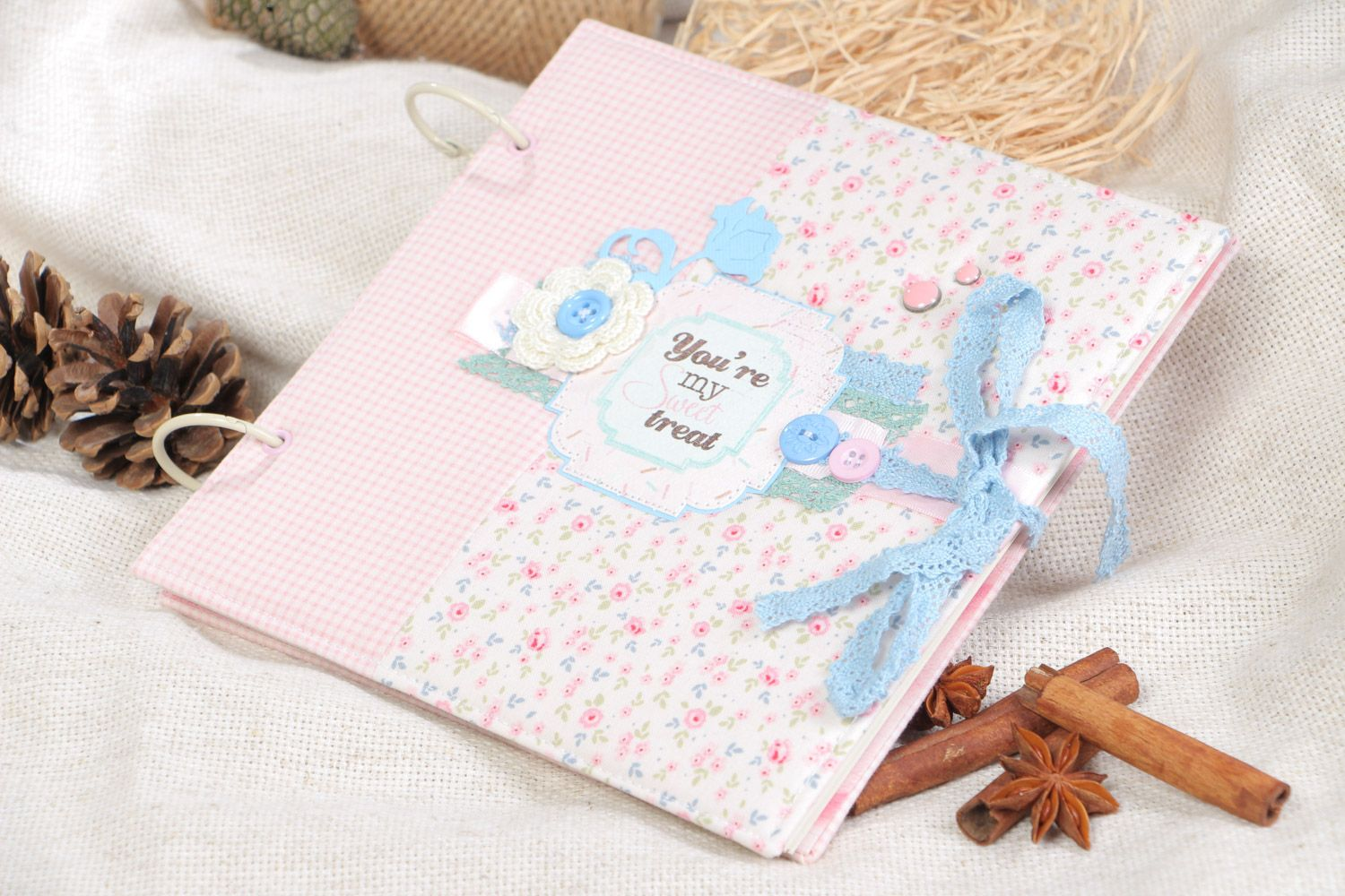 Handmade designer scrapbooking photo album for 25 pages in pink colors photo 1