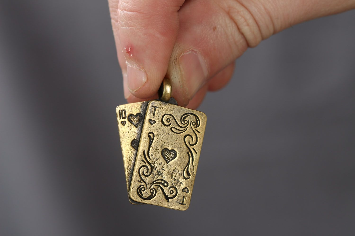 Bronze neck pendant Playing Cards photo 4