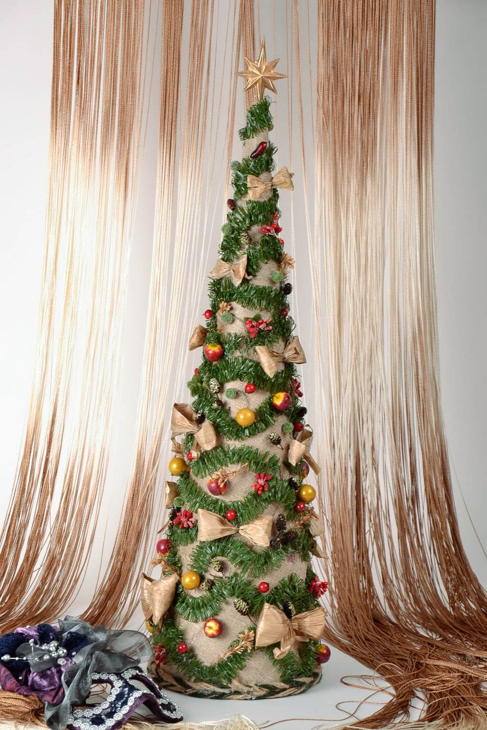 Decorative Christmas tree photo 2
