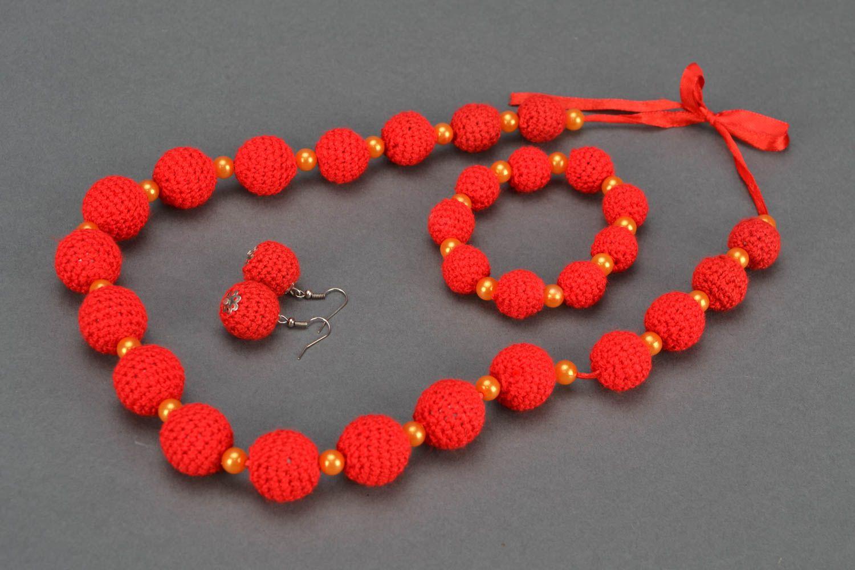 Crochet jewelry set: earrings, necklace and bracelet photo 1