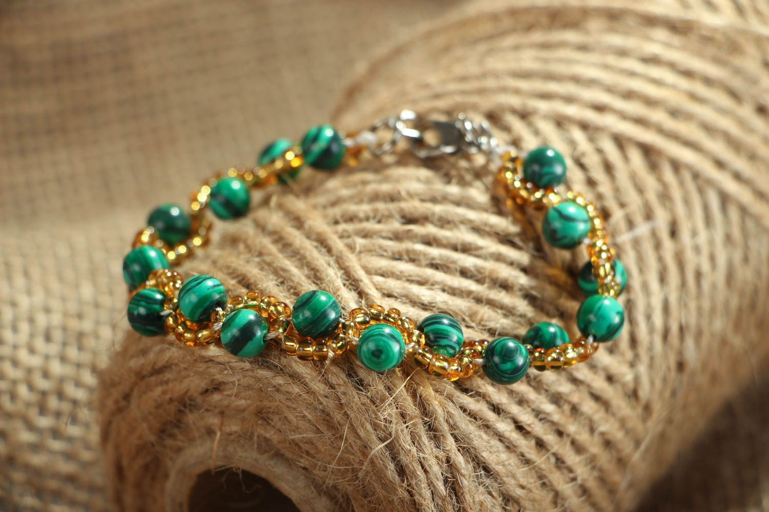 Wrist bracelet with malachite photo 4