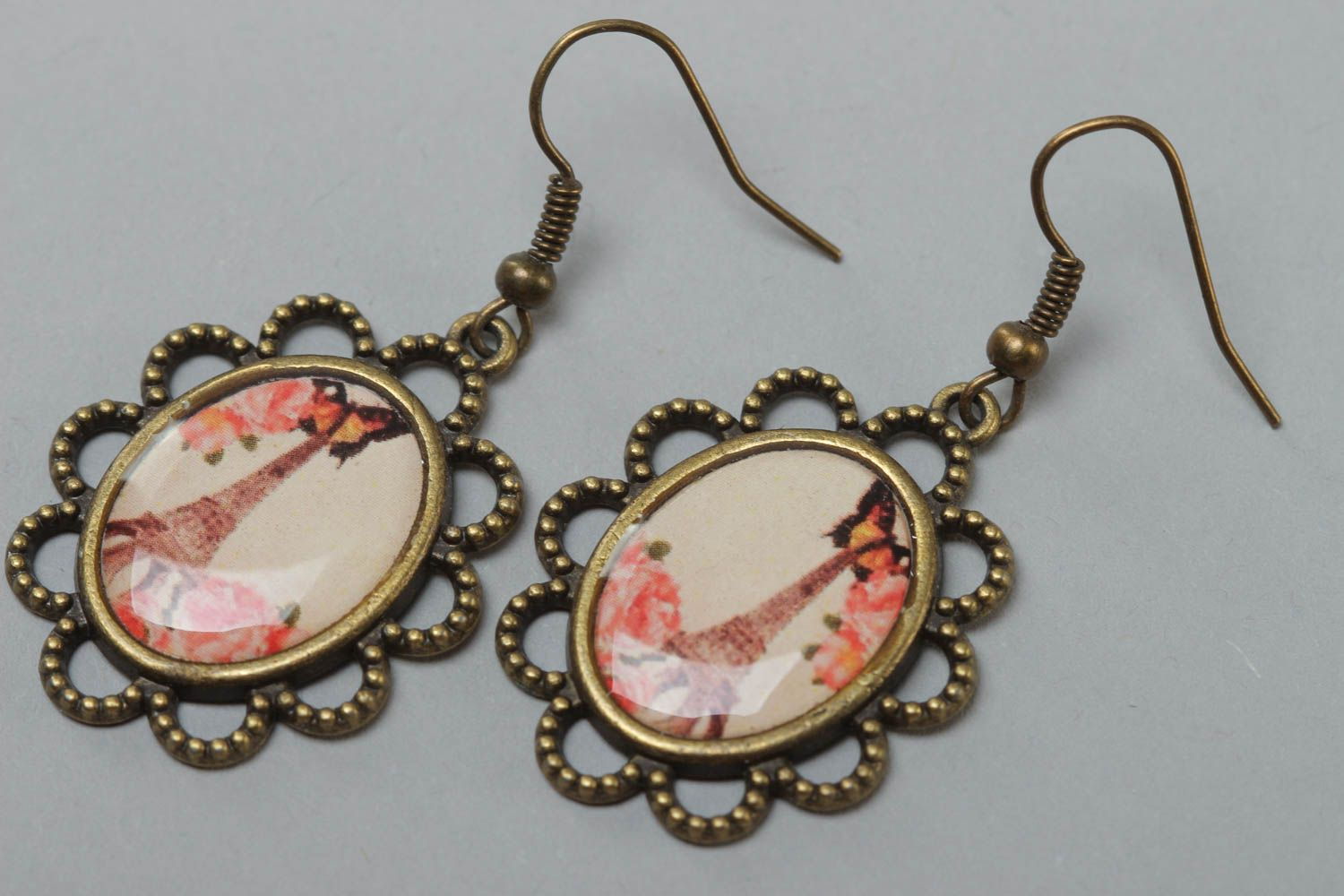 Handmade vintage oval earrings made of metal and glass glaze with a print of Eiffel tower photo 2
