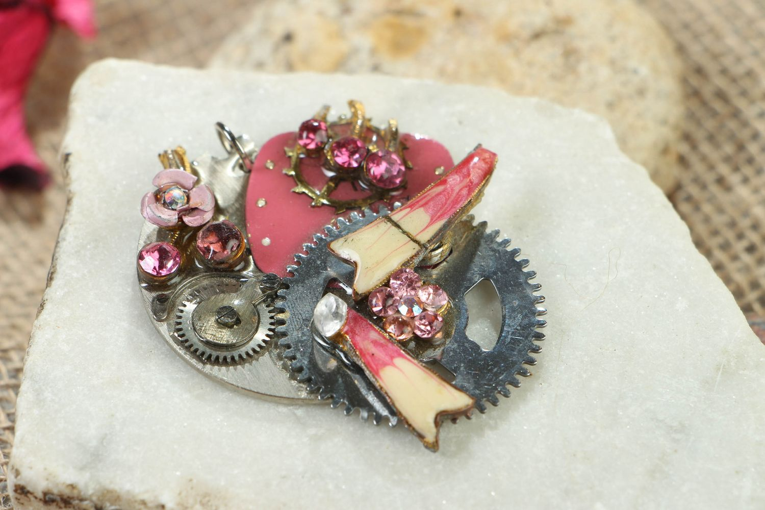 Abstract steampunk pendant photo 5