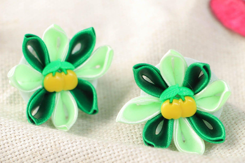 Set of 2 beautiful handmade green fabric flower hair ties kanzashi technique photo 1