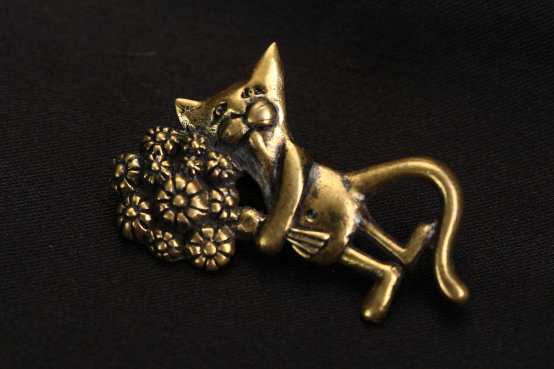Bronze pendant Cat with Bouquet photo 1