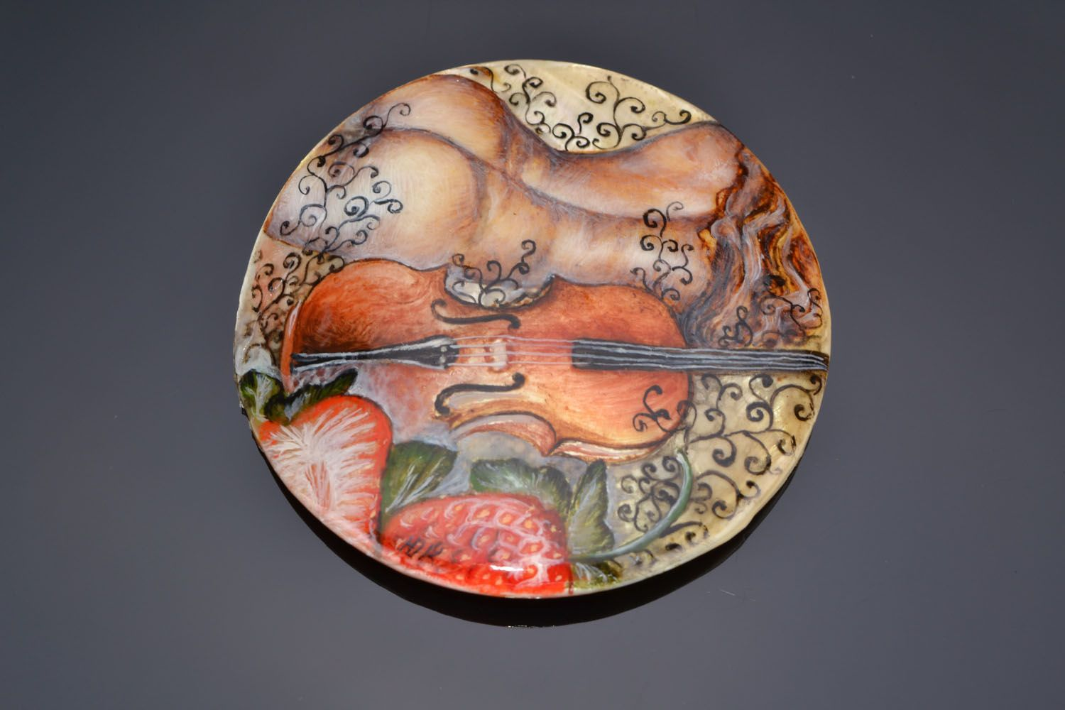 Accessory for brooch creating Violin photo 1