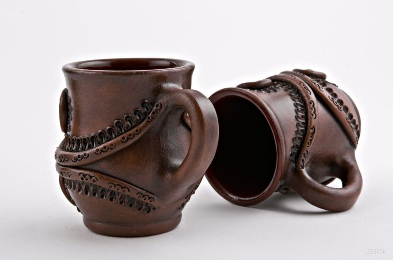 cups,glass Clay jar and six cups - MADEheart.com