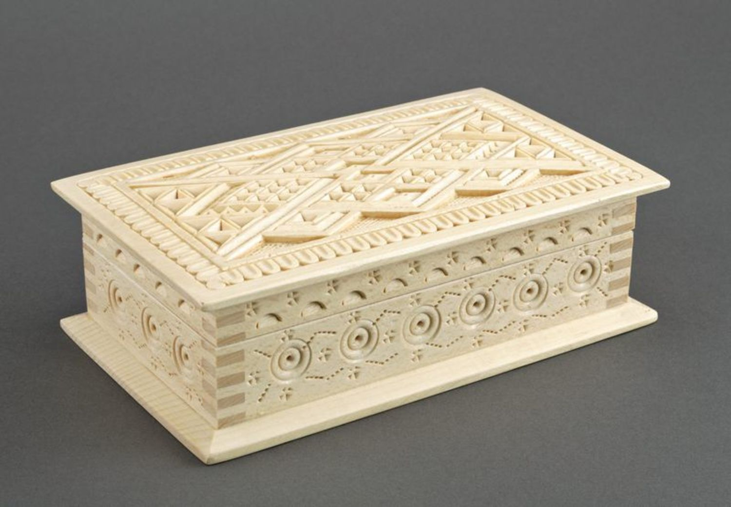 Wooden box for jewelries photo 4