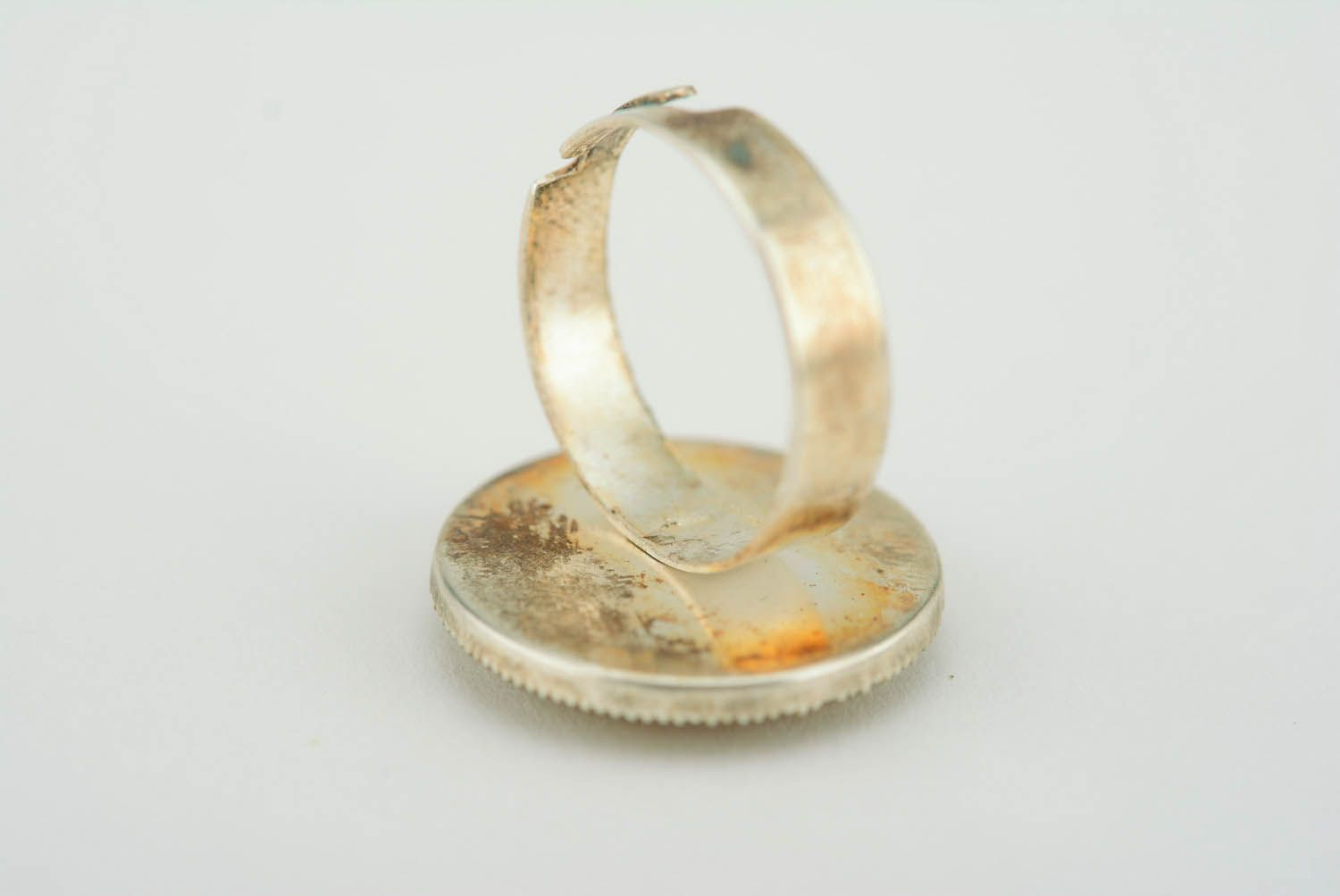 statement rings Round ring in epoxy resin - MADEheart.com
