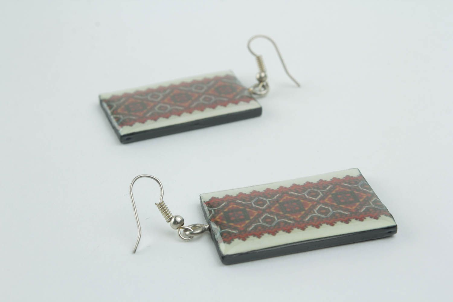 Earrings with ethnic patterns  photo 3