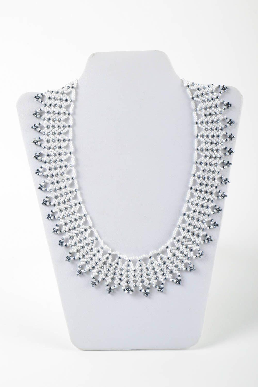 MADEHEART > Elegant handmade beaded necklace womens necklace ...