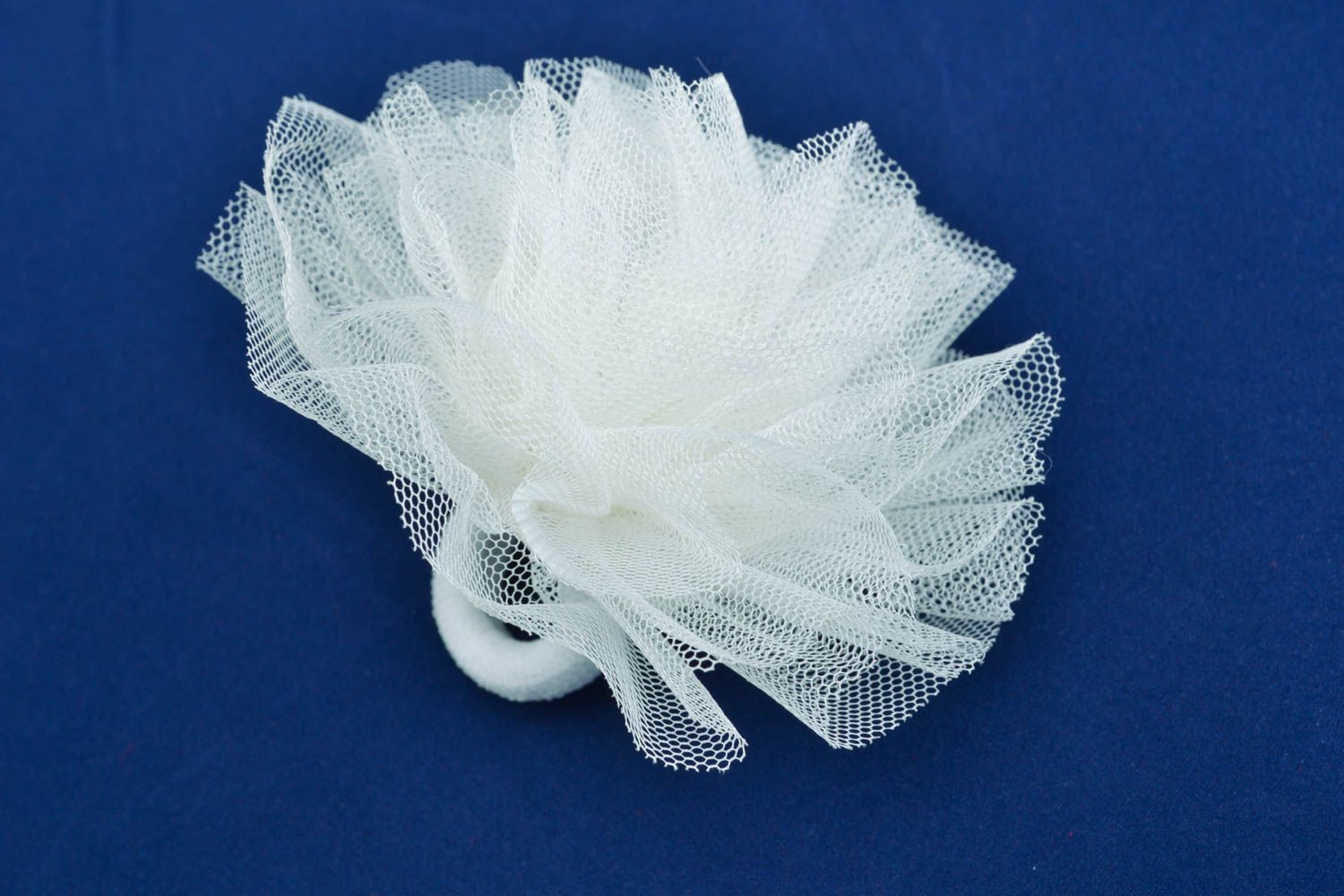 Hair tie with veiling photo 2