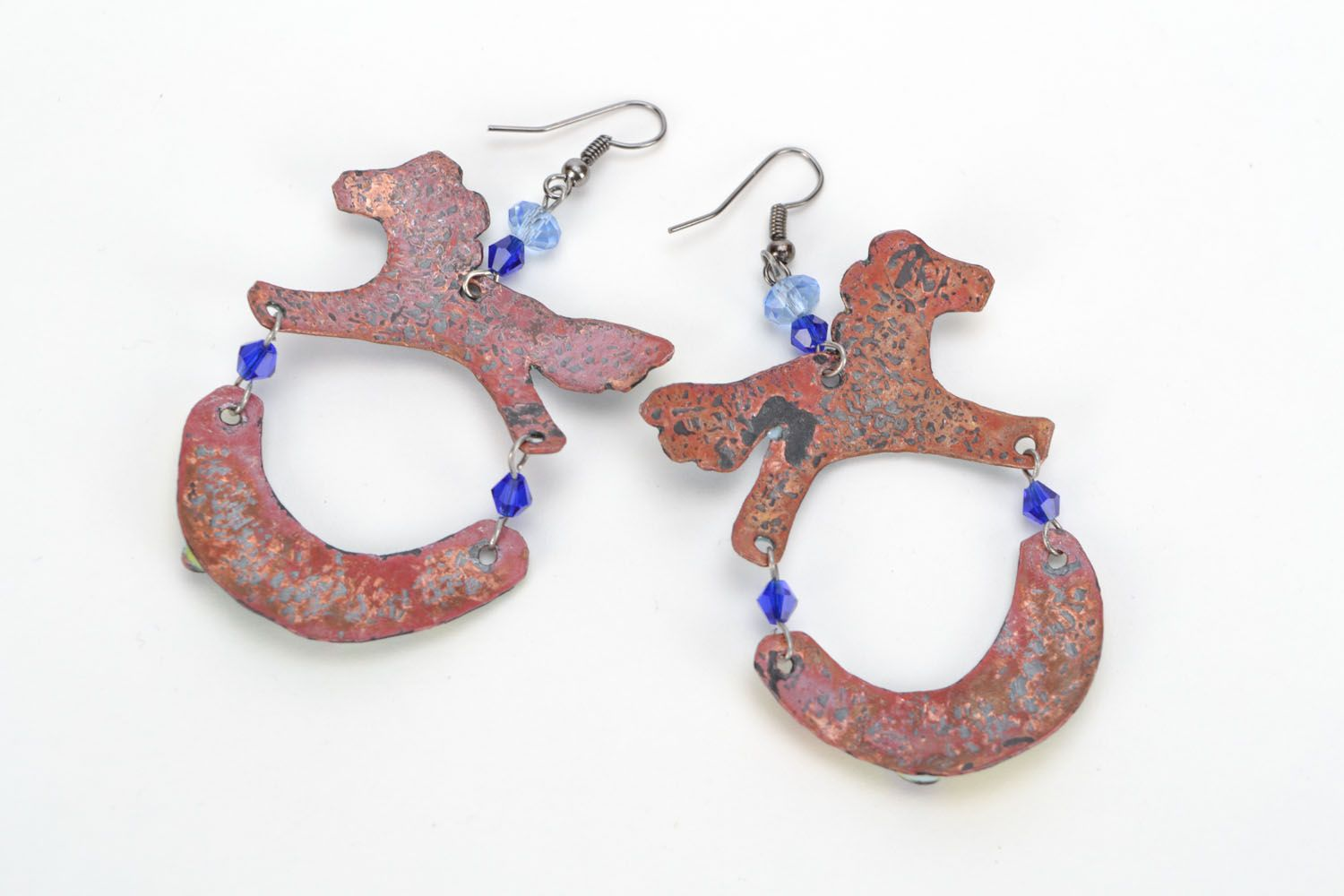 Copper enamel in the shape of horses photo 3