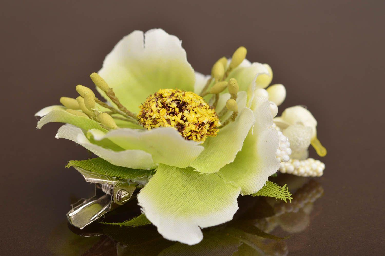 Small handmade designer children's textile flower hair clip on metal basis photo 2