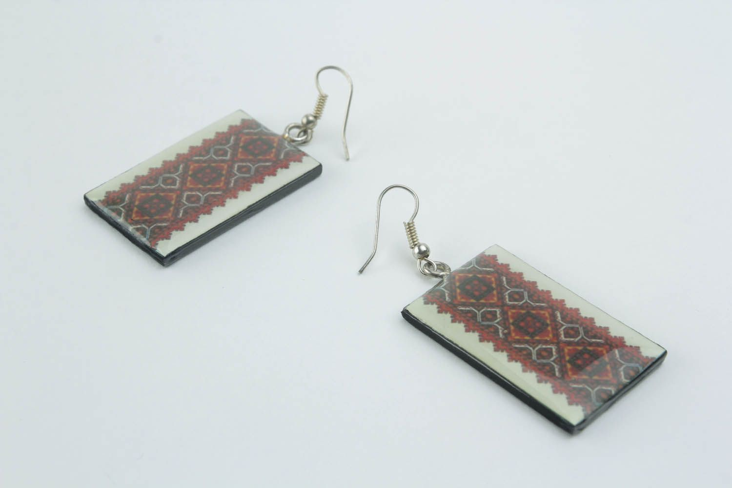 Earrings with ethnic patterns  photo 4