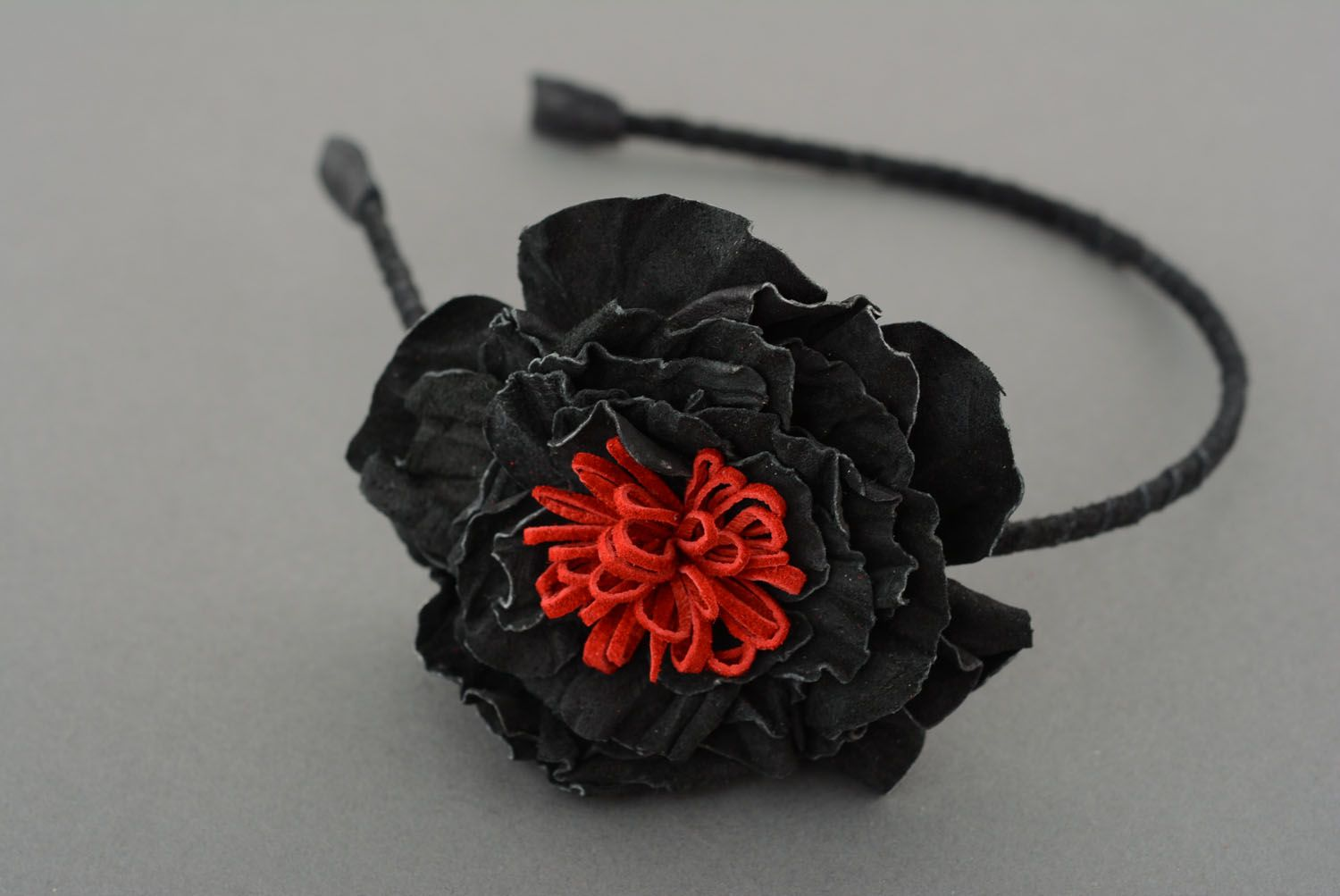 Leather hair band with flower photo 2
