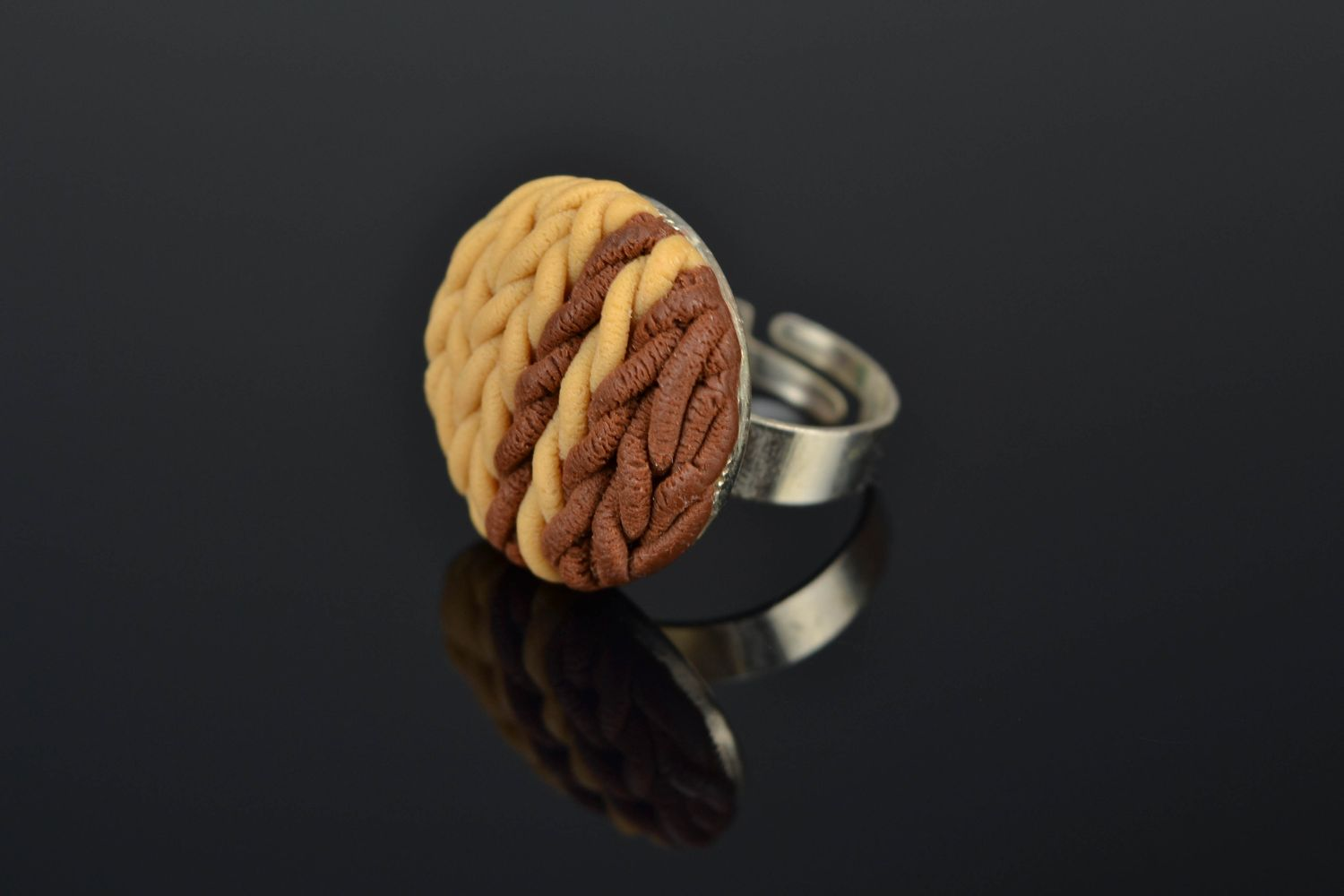 Polymer clay ring with adjustable size photo 1