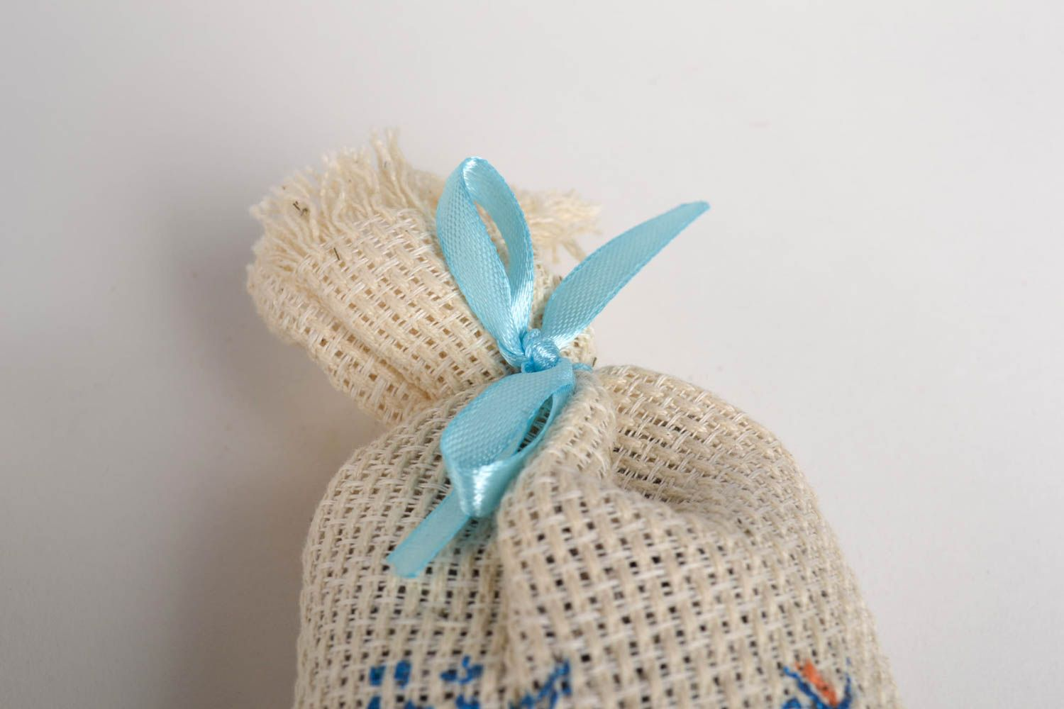 Handmade sachet bag with herbs home design aromatherapy at home small gifts photo 4