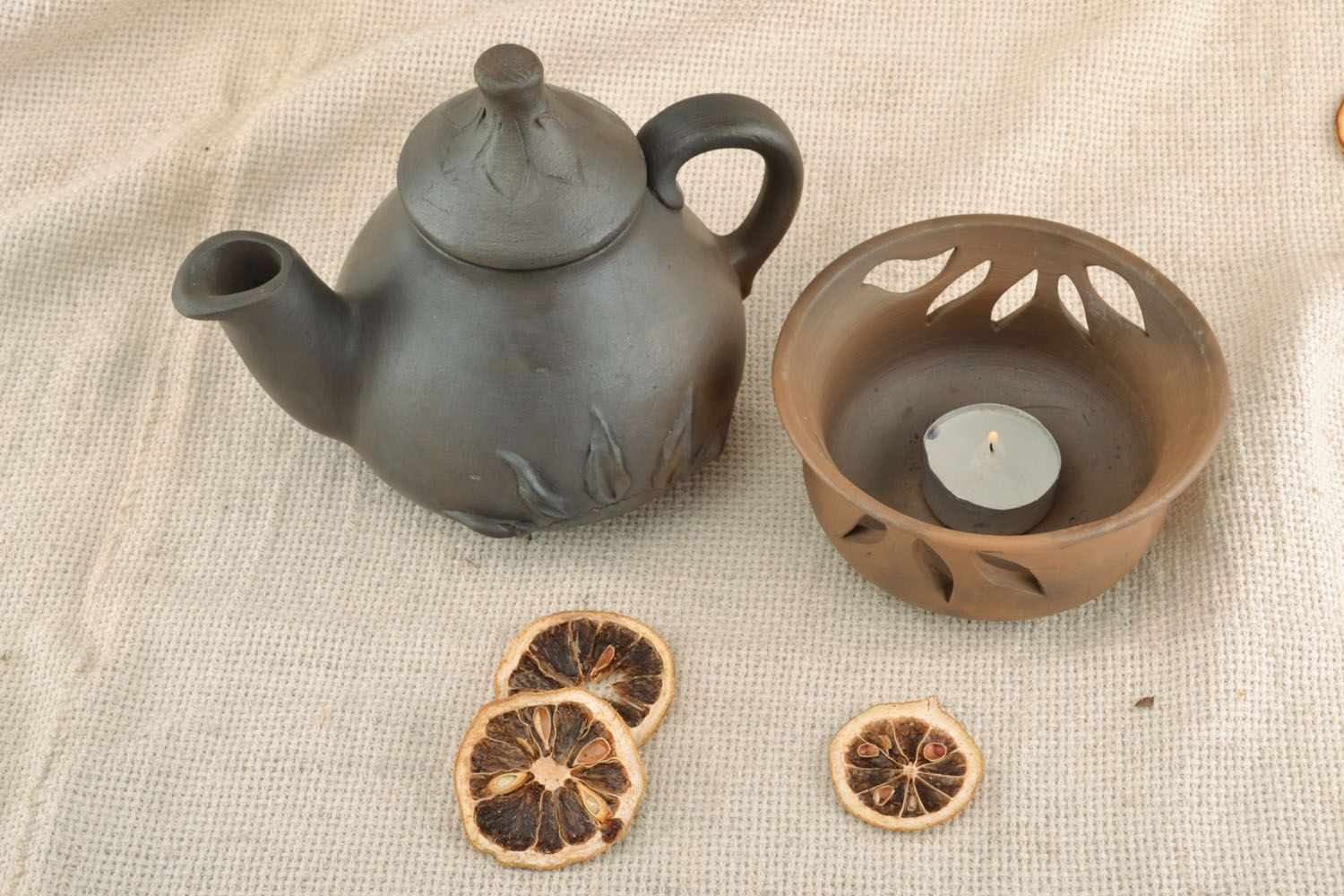 tea pots and coffee pots Homemade ceramic teapot - MADEheart.com