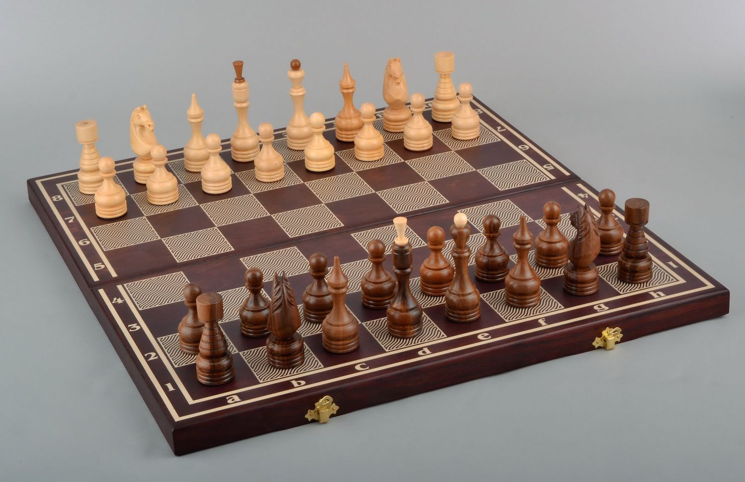 Wooden chess set 3 in 1 checkers, chess and backgammon photo 2