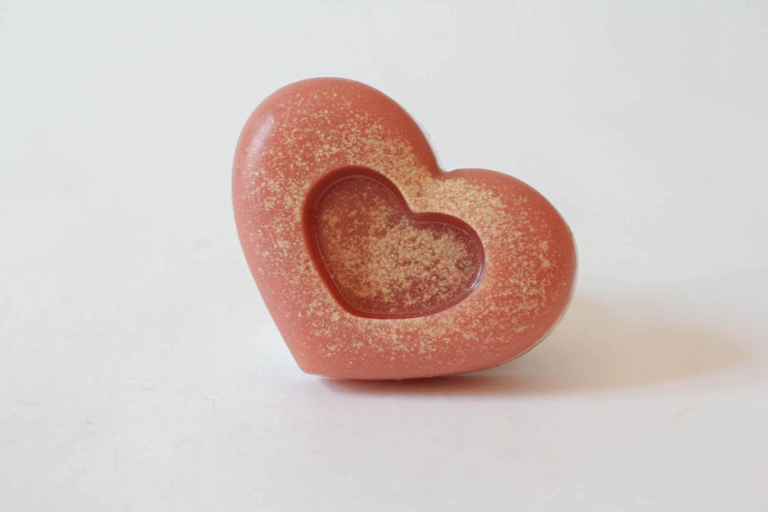 Soap with pink clay photo 3