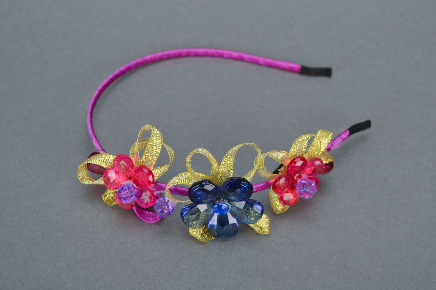 Hair band with flowers  photo 3