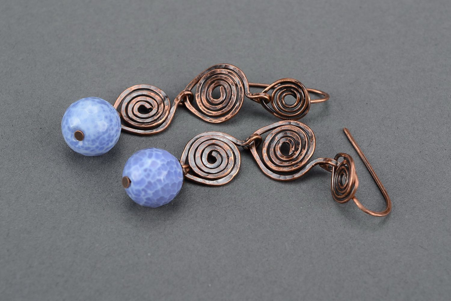 wire wrapped earrings Earrings with blue agate, wire wrap technique - MADEheart.com