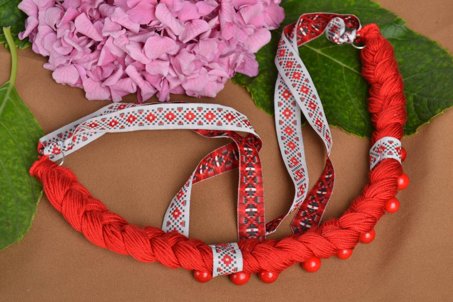 Handmade fabric necklace ethnic woman bijouterie designer accessory to present photo 1