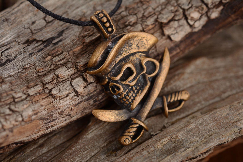 Bronze pendant Pirate's Skull photo 2