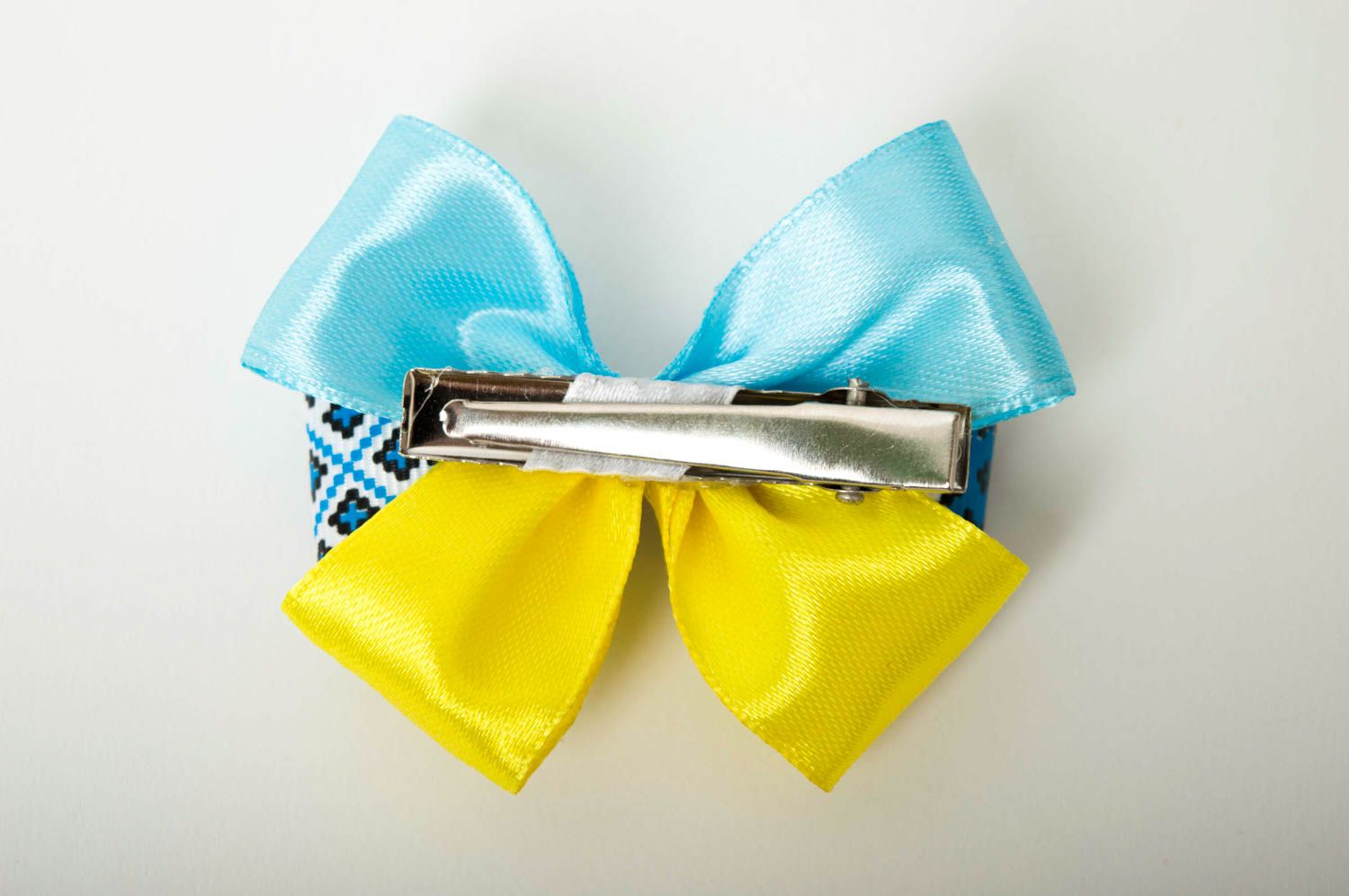 Beautiful handmade textile barrette bow hair clip childrens hair bow ideas photo 2
