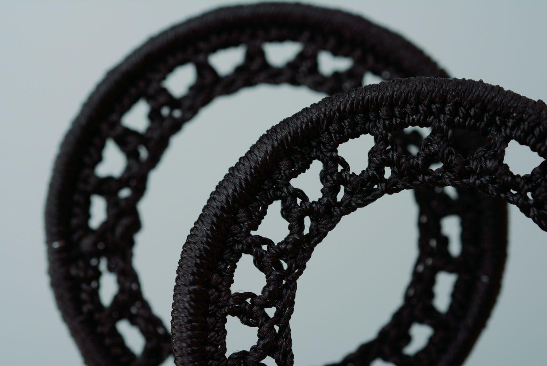 Черные серьги круглые фото 2